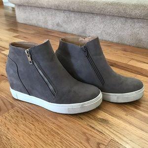 "4f7f26d283c Brash Shoes - ""Brash"" Cece Hidden Wedge • Size 6.5"